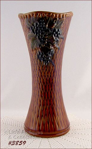 McCOY POTTERY � ANTIQUE CURIO TALL VASE