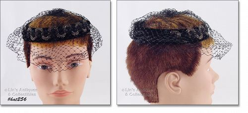 VINTAGE CAGE STYLE HAT WITH BLACK NETTING VEIL