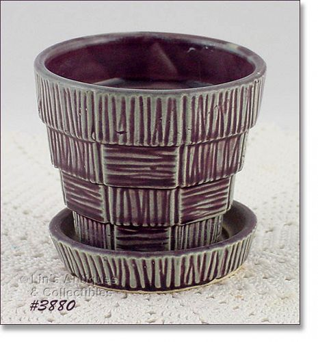 McCOY POTTERY BASKET WEAVE PURPLE WINE COLOR 3 1/8 INCH TALL FLOWERPOT