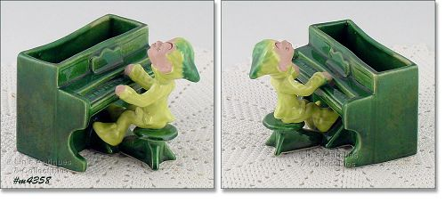 DRUMMOND POTTERY � PIXIE PLAYING A PIANO PLANTER