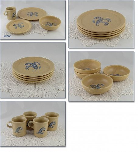 McCOY POTTERY 16 PIECES BLUEFIELD DINNERWARE SERVICE FOR 4