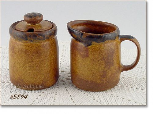 McCOY POTTERY VINTAGE CANYON DINNERWARE CREAMER AND SUGAR WITH LID