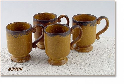 McCOY POTTERY RARE SET OF 4 VINTAGE CANYON DINNERWARE PEDESTAL CUPS