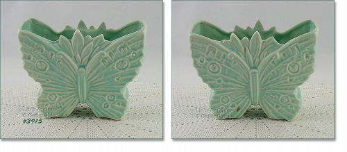 McCOY POTTERY VINTAGE MATTE AQUA BUTTERFLY SHAPED VASE