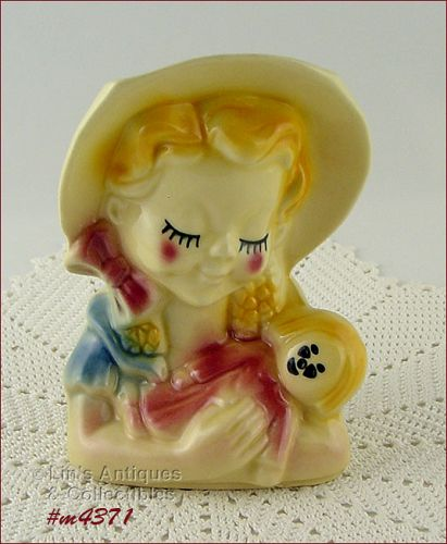 SHAWNEE POTTERY VINTAGE GIRL HOLDING A DOLL WALL POCKET