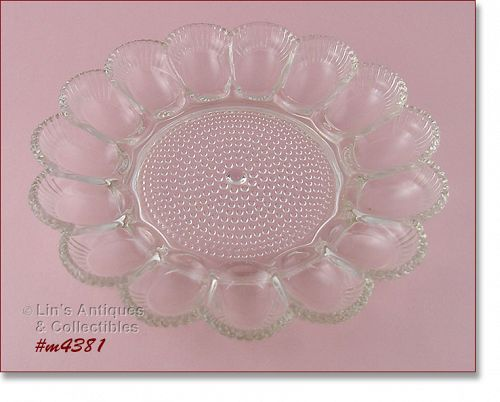 VINTAGE HOBNAIL GLASS DEVILED EGG PLATE