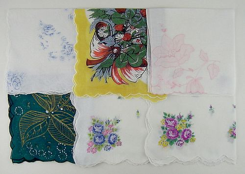 LOT OF SIX LARGER SIZE VINTAGE HANKIES HANDKERCHIEFS