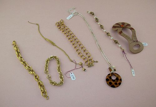 Assorted Group Lot of Vintage Costume Jewelry
