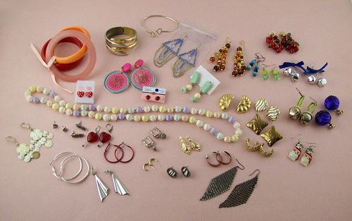 Vintage to New Costume Jewelry Lot for Wear Re-sale or Re-Purposing