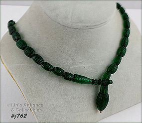 VINTAGE EMERALD GREEN GLASS BEAD SNAKE NECKLACE