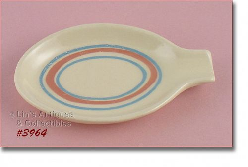 McCOY POTTERY �- PINK AND BLUE STONECRAFT SPOON REST
