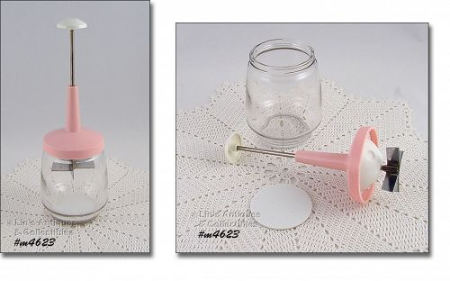 VINTAGE NUT OR FOOD CHOPPER WITH PINK LID