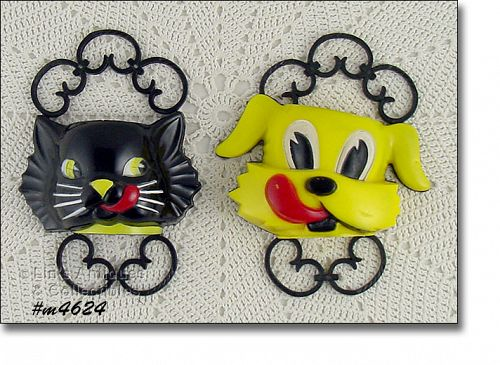 VINTAGE FIFI AND FIDO DOG AND CAT WALL POCKETS F AND F DIE WORKS