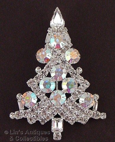 Eisenberg Ice Clear and Aurora Borealis Rhinestones Christmas Tree Pin