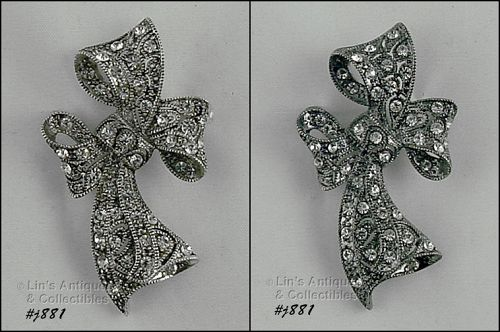 EISENBERG ICE � SILVER-TONE BOW WITH CLEAR RHINESTONES PIN
