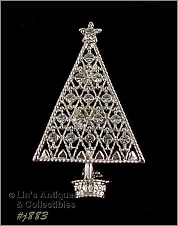EISENBERG ICE � SILVER-TONE WITH CLEAR RHINESTONES CHRISTMAS TREE PIN