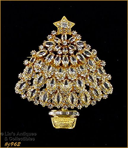 EISENBERG ICE � CLEAR RHINESTONES GOLD-TONE CHRISTMAS TREE PIN