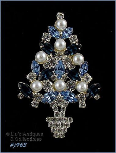 EISENBERG ICE BLUE AND CLEAR RHINESTONES WITH FAUX PEARLS TREE PIN