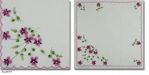 VINTAGE WHITE HANDKERCHIEF WITH EMBROIDERED VIOLETS