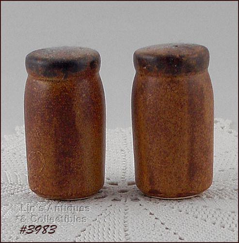 McCOY POTTERY VINTAGE CANYON SALT AND PEPPER SHAKER SET