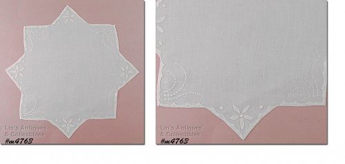 VINTAGE WHITE HANDKERCHIEF WITH EMBROIDERY AND APPLIQUE