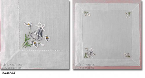 VINTAGE WEDDING HANKY WITH CALLA LILIES AND A WEDDING BELL