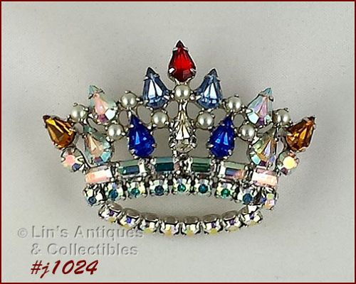 B. DAVID CROWN SHAPED PIN WITH RHINESTONES