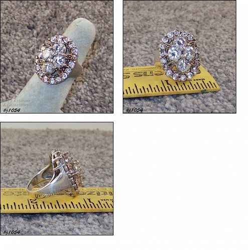 SILVER 925 RING WITH CLEAR RHINESTONES AND MARCASITES SIZE 5 1/2