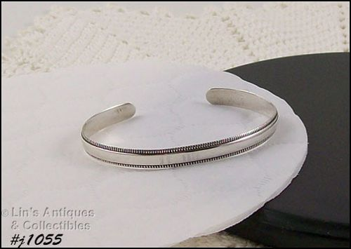 SILVER 925 CUFF BRACELET WITH BEADED EDGE