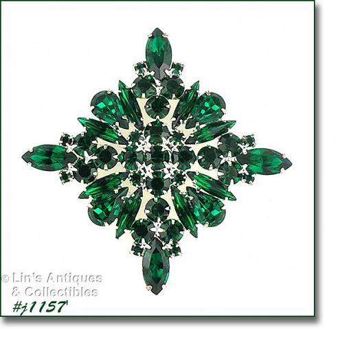 SIGNED EISENBERG ICE EMERALD GREEN RHINESTONES DIAMOND SHAPED PIN