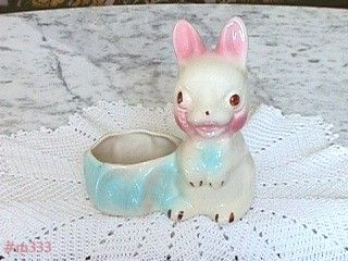 VINTAGE RABBIT WITH CABBAGE POTTERY PLANTER