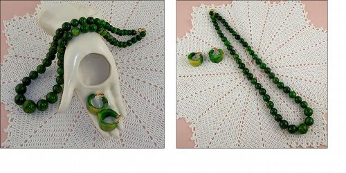 Bakelite Marbled Spinach Green Necklace and Earrings