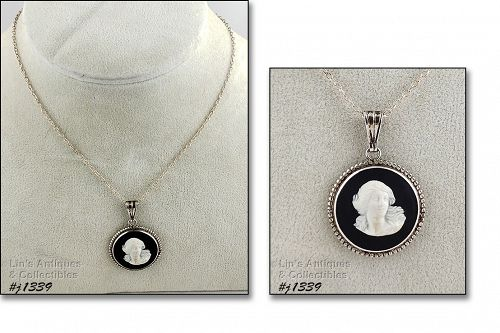 Vintage Wedgwood Sterling Cameo Pendant and Necklace