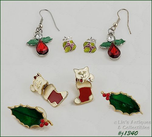Vintage Christmas Earrings Lot