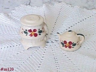 COUNTRY POT BELLY STOVE AND TEA KETTLE VINTAGE SHAKER SET