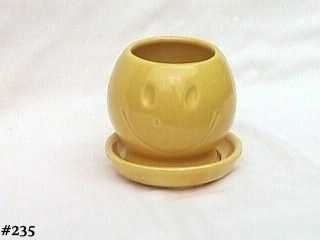 McCOY POTTERY -- HAPPY FACE SMILEY FACE VINTAGE PLANTER