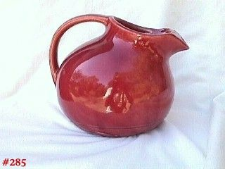McCOY POTTERY VINTAGE NELSON MCCOY BURGUNDY COLOR ICE LIP PITCHER