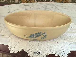 McCOY POTTERY BLUEFIELD OVAL VINTAGE SERVING BOWL MINT CONDITION