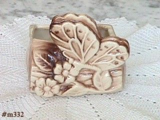 SHAWNEE POTTERY VINTAGE BUTTERFLY PLANTER IN MINT CONDITION