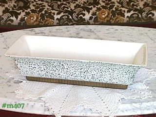 SHAWNEE POTTERY CHANTILLY WINTERGREEN WINDOW BOX 12 1/2 INCHES LONG