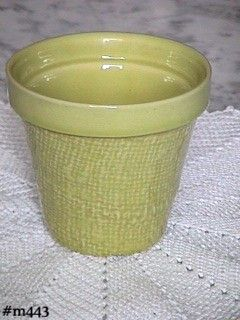 SHAWNEE POTTERY CHARTREUSE BURLAP PATTERN JARDINIERE MINT CONDITION