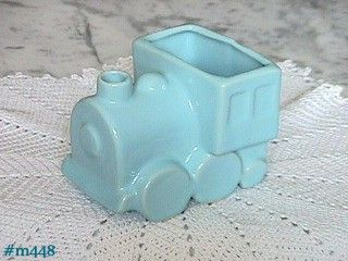 SHAWNEE POTTERY VINTAGE BLUE TRAIN ENGINE PLANTER IN MINT CONDITION