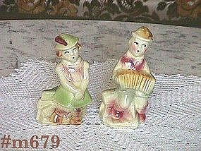 SHAWNEE POTTERY -- SWISS KIDS SHAKER SET