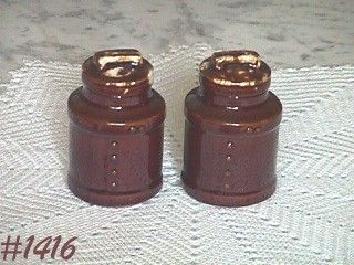 McCOY POTTERY -- MILK CAN SHAKER SET (BROWN DRIP)