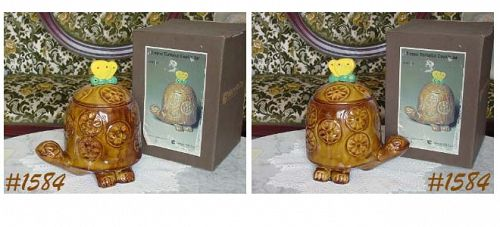 McCOY POTTERY TIMMY TORTOISE VINTAGE COOKIE JAR IN ORIGINAL BOX
