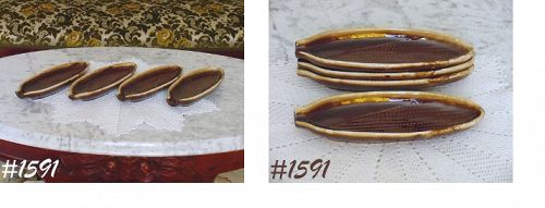 McCOY POTTERY SET OF 4 BROWN DRIP CORN ON THE COB PLATES