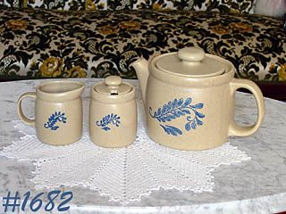 McCOY POTTERY -- VINTAGE BLUEFIELD TEA SET TEAPOT, CREAMER AND SUGAR