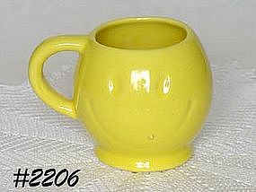 McCOY POTTERY -- SMILEY FACE MUG (YELLOW)