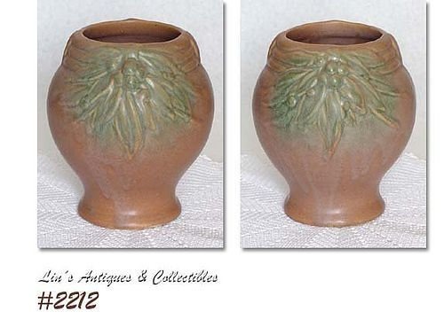 McCOY POTTERY -- LEAVES WITH BERRIES VINTAGE VASE