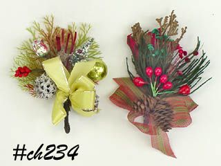 LOT OF TWO VINTAGE CHRISTMAS CORSAGES WITH PINE CONES LEAVES AND MORE